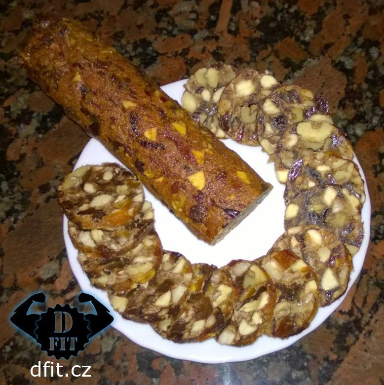 Ořechovo-ovocný chlebík